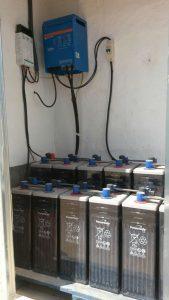instalación baterias fotovoltaica aislada en Albaida