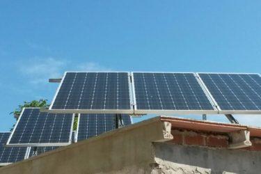 instalación de fotovoltaica aislada en Albaida