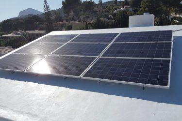 Insalación placas solares Xàbia